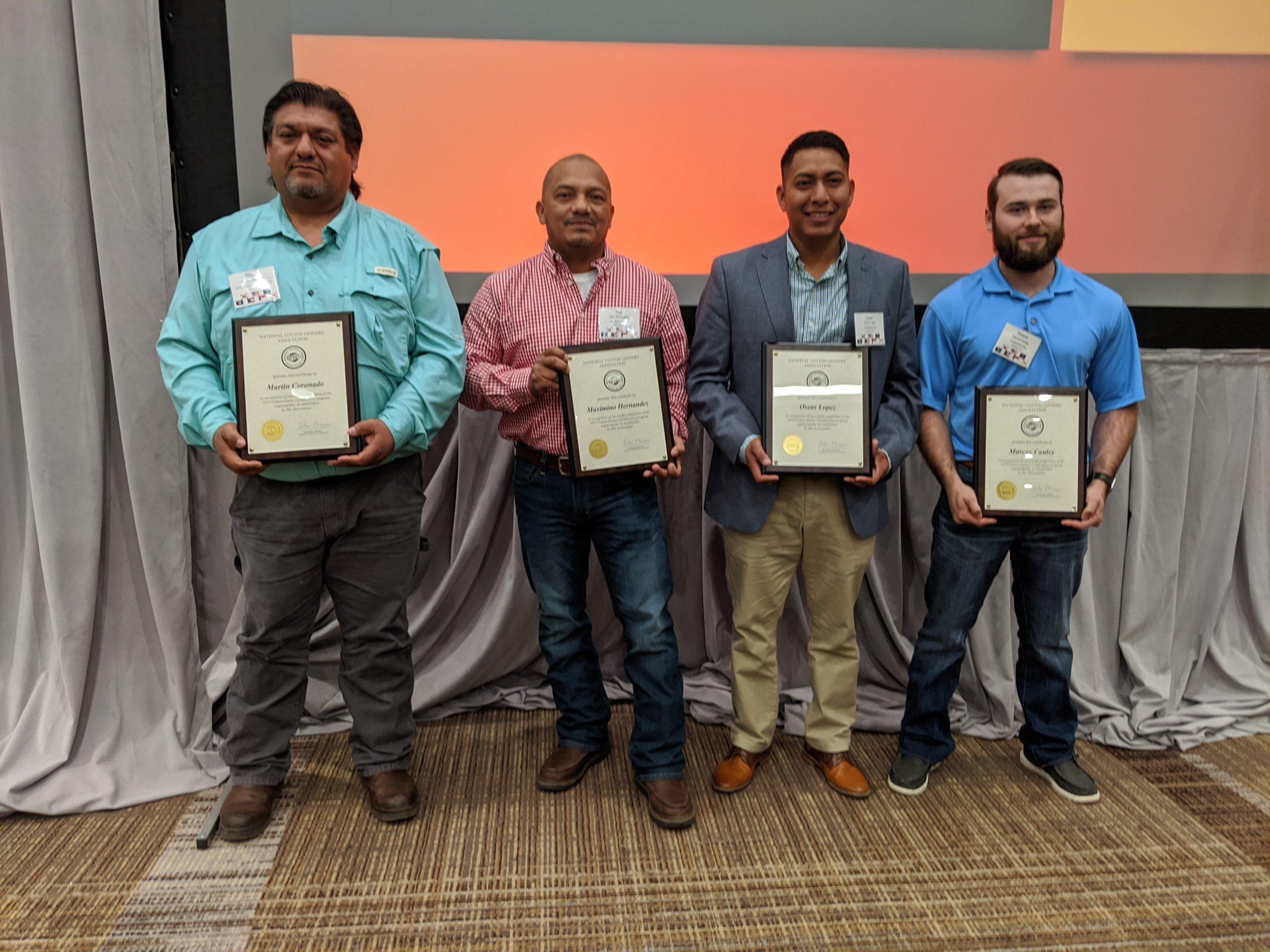 Certified Ginners Receive Award